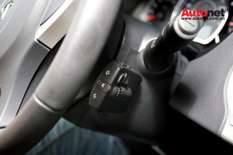 car-news, Koleos 2012,  Renault Koloes 2012, Hyundai Tucson, Kia Sportage, Honda CR-V, kien thuc, thuat ngu, kiề́n thức.